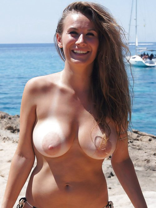 Huge Tits Hairy Pussy Solo
