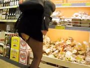Woman Flashing Pussy in Store