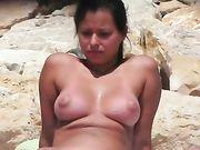 Voyeur Naked Pussy Filmed Secretly on the Beach